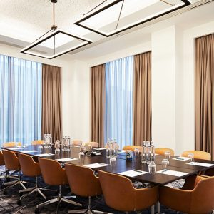 Hyatt-Regency-Manchester-Conference-Executive-Room-Exec-Table-Windows